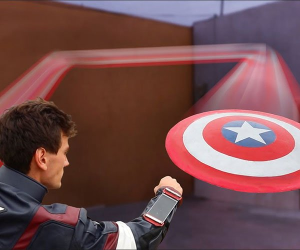 Making a Captain America's Shield Bounce