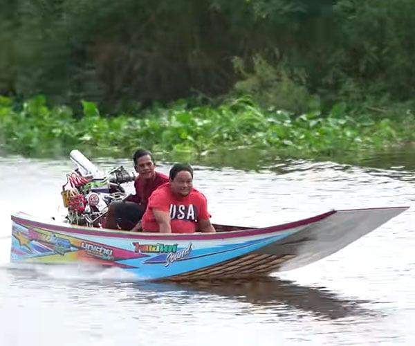 Thai Drag Boat Racing