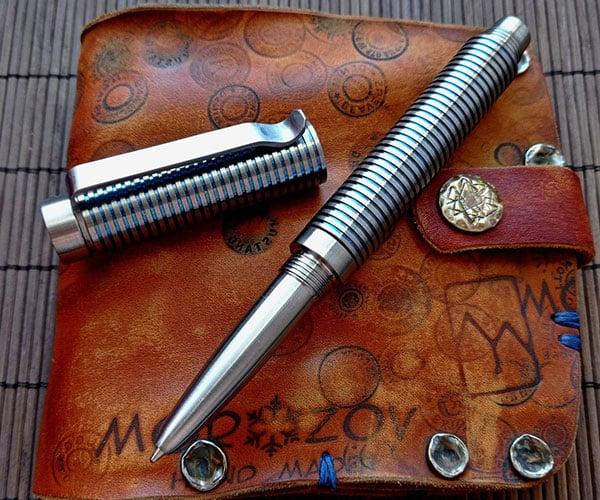Akinak Titanium Pen