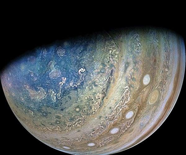 Flying Past Ganymede and Jupiter