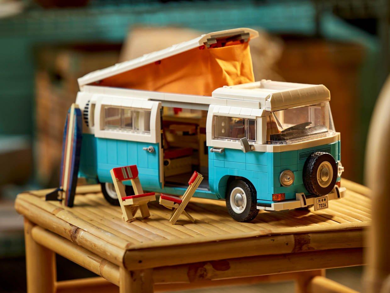 LEGO Volkswagen T2 Camper Van
