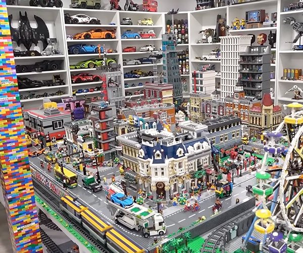 The Ultimate LEGO Room