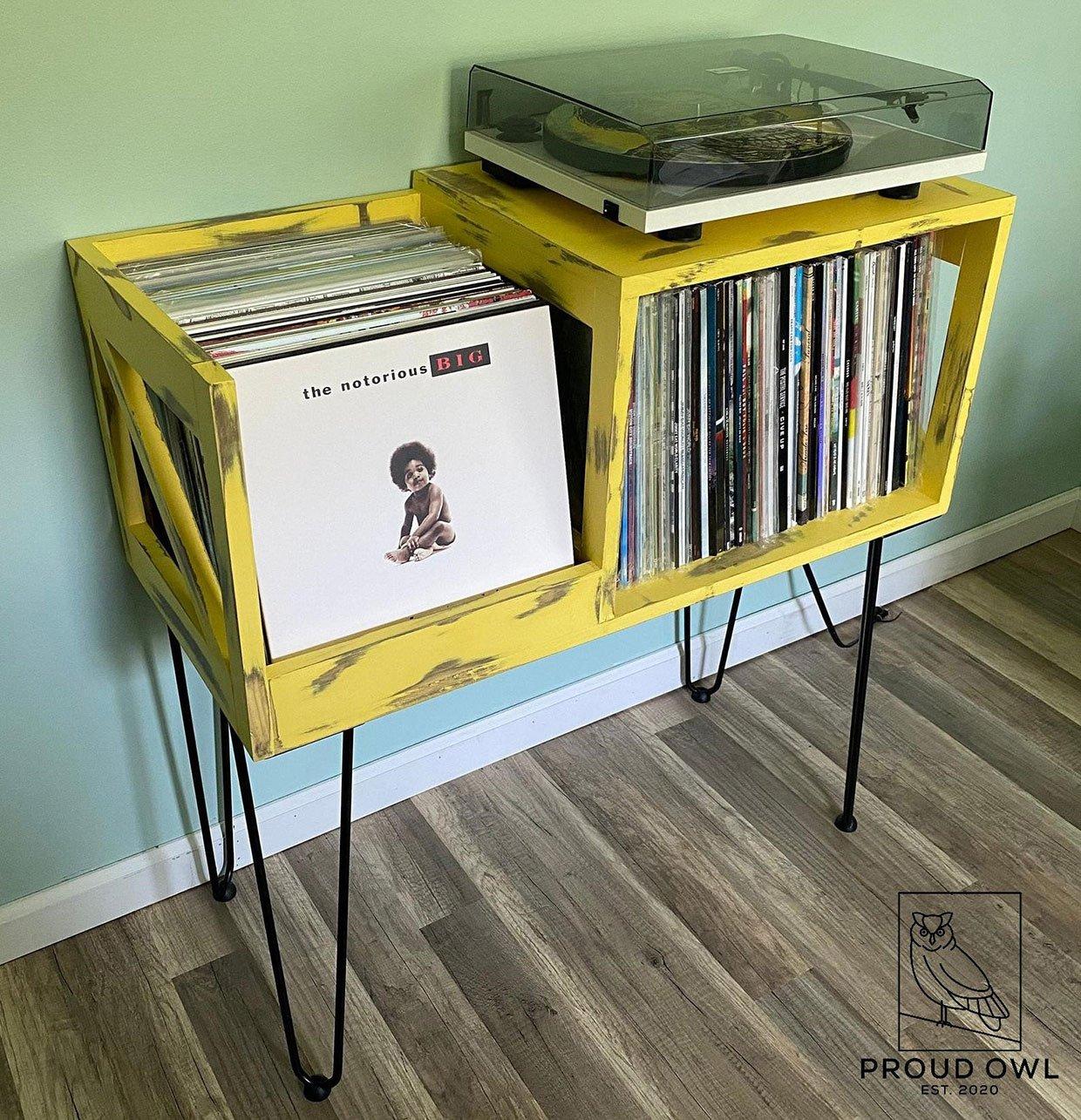 Tiny Owl Vinyl Storage Rack