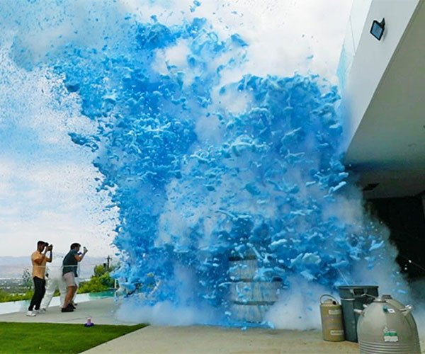 Giant Liquid Nitrogen Explosion