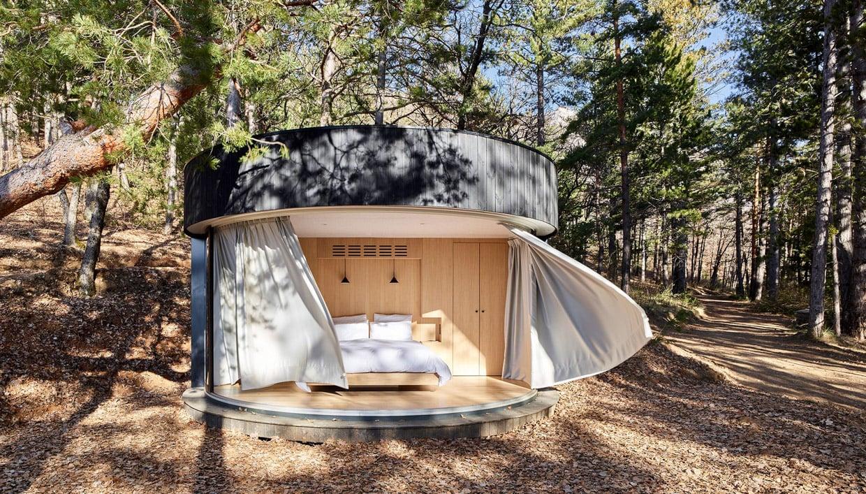Lumipod Circular Cabin