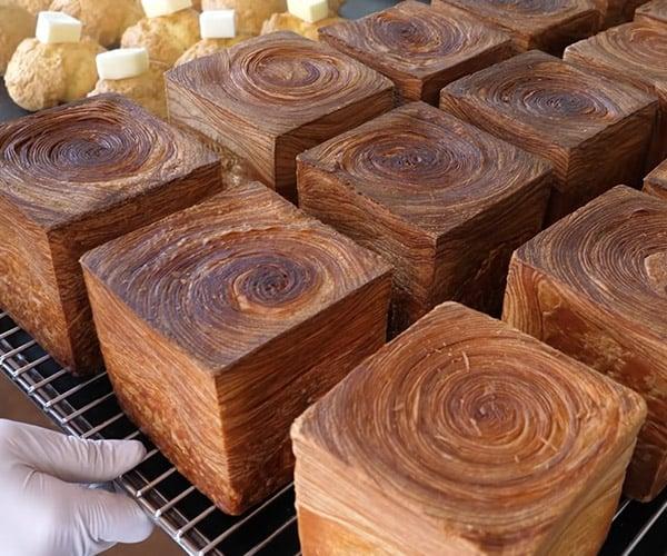 Making Tornado Cube Bread