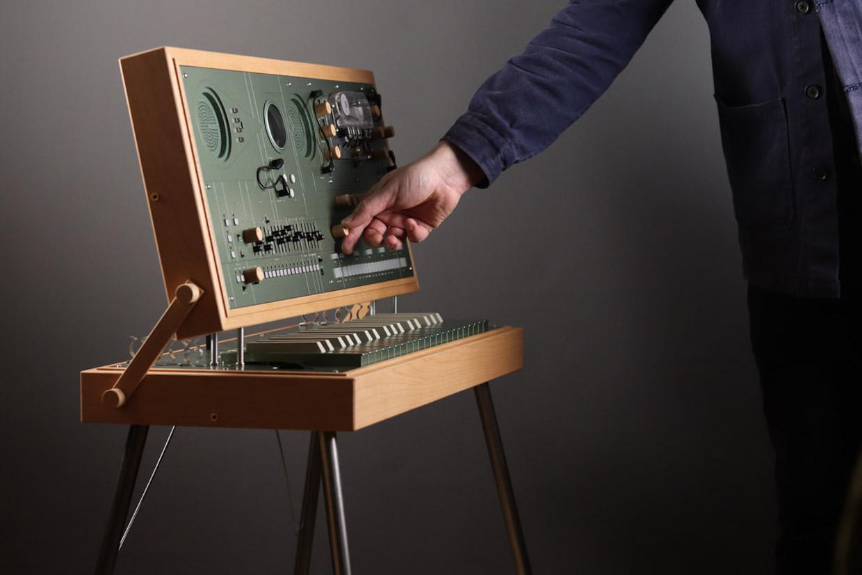EC1 Briefcase Synthesizer