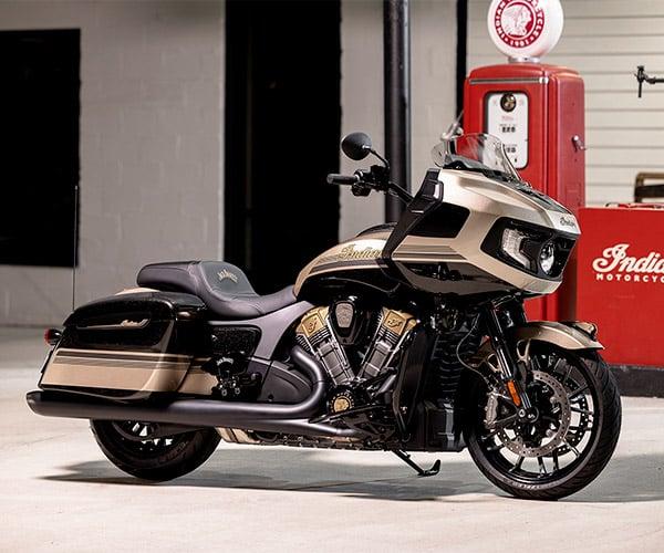 2022 Indian Motorcycle x Jack Daniel's Challenger Dark Horse